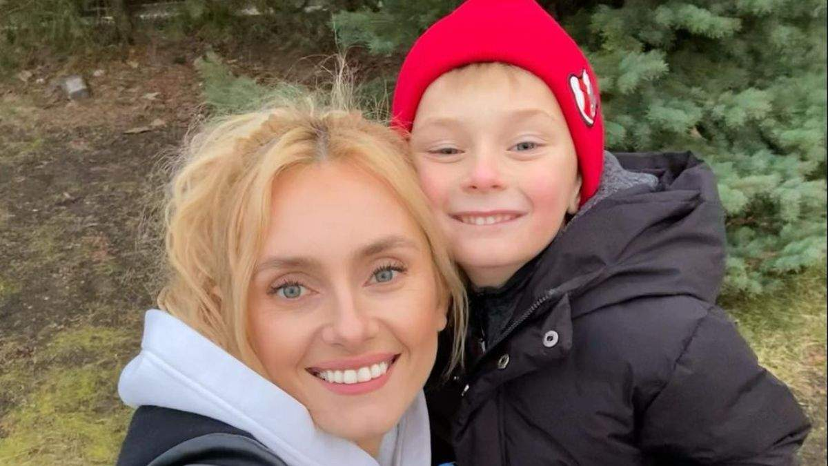 Ірина Федишин влаштувала весняну прогулянку з сином: фото