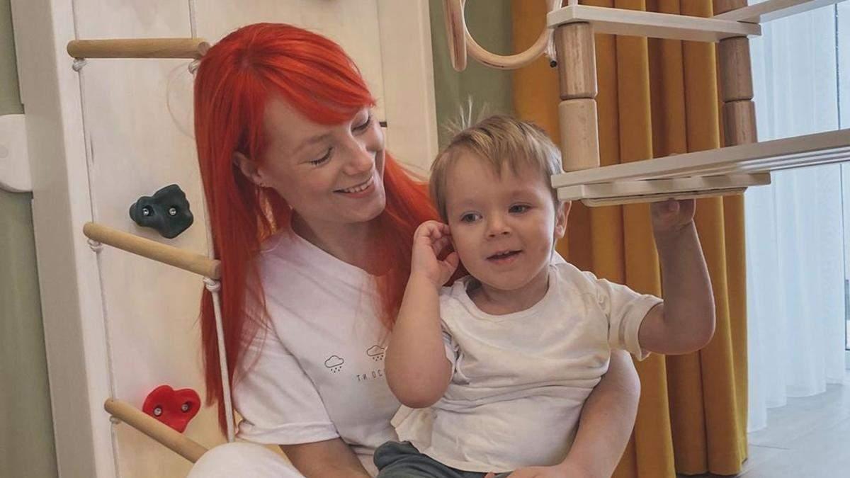 Светлана Тарабарова показала прогулку с сыном: смешное видео