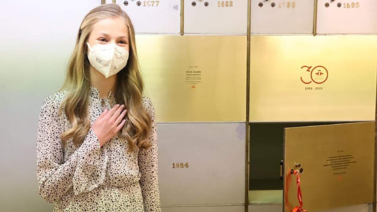 Дочь королевы Летиции осуществила первый самостоятельный выход: видео