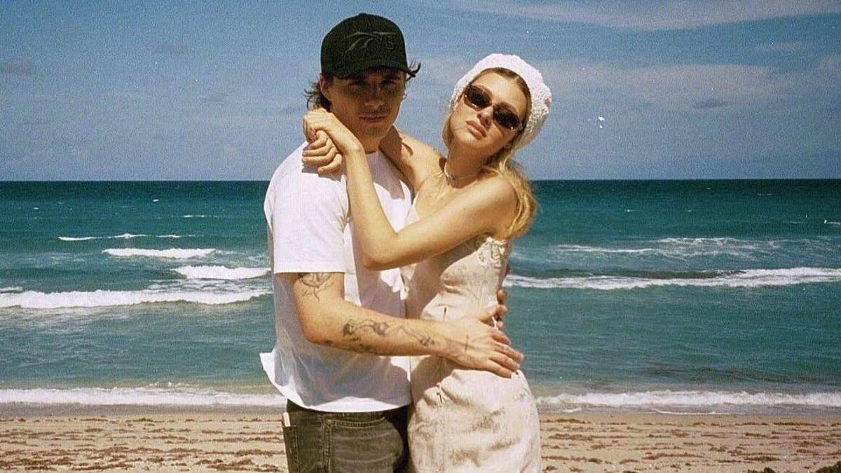 Бруклин Бекхэм с невестой обменялись аксессуарами в знак любви