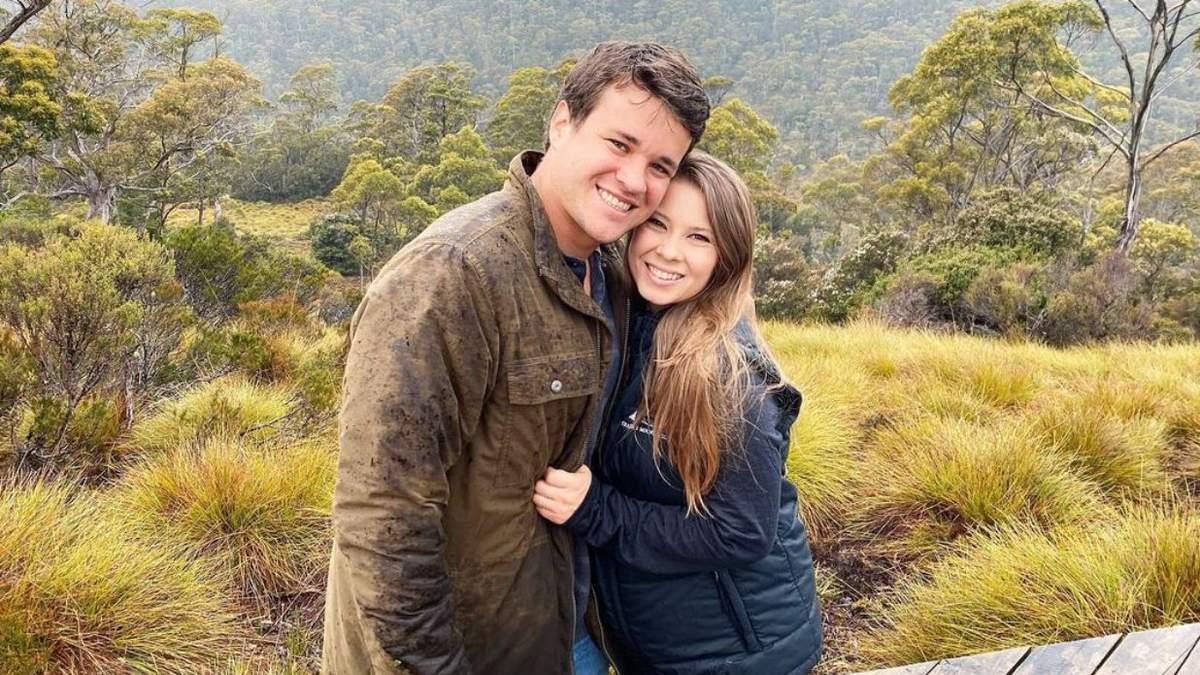 Дочь зоозащитника Стива Ирвина впервые стала матерью
