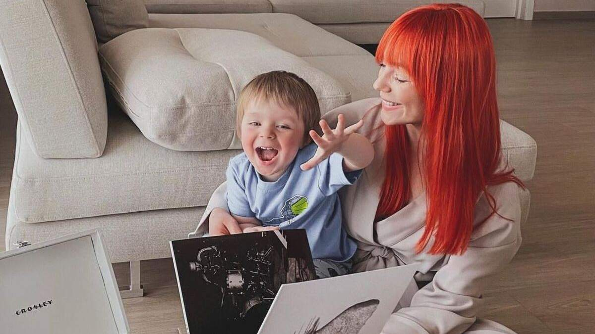 Світлана Тарабарова зачарувала мережу новими фото з сином