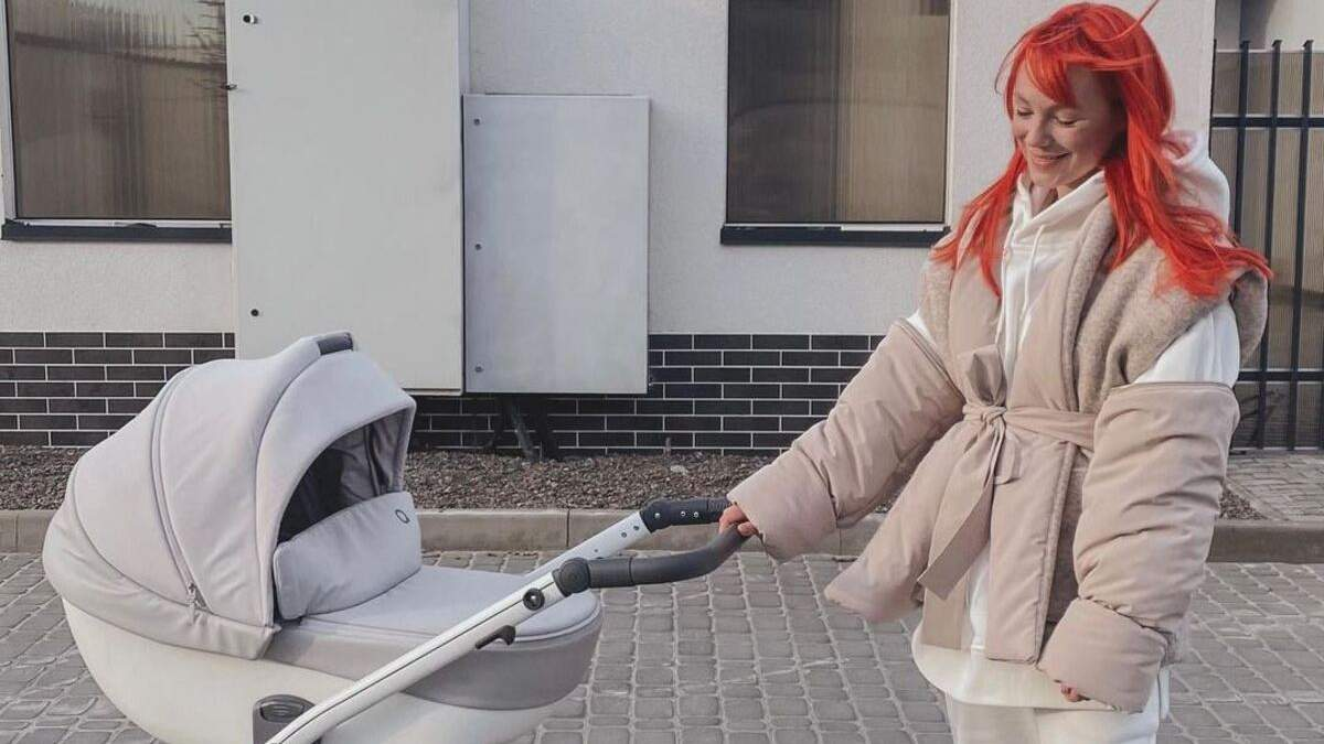 Светлана Тарабарова замилувала новым фото с маленькой дочкой