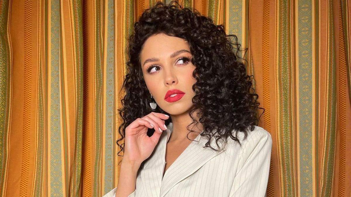 Анна Богдан прокоментувала поцілунок Холостяка з Джессікою
