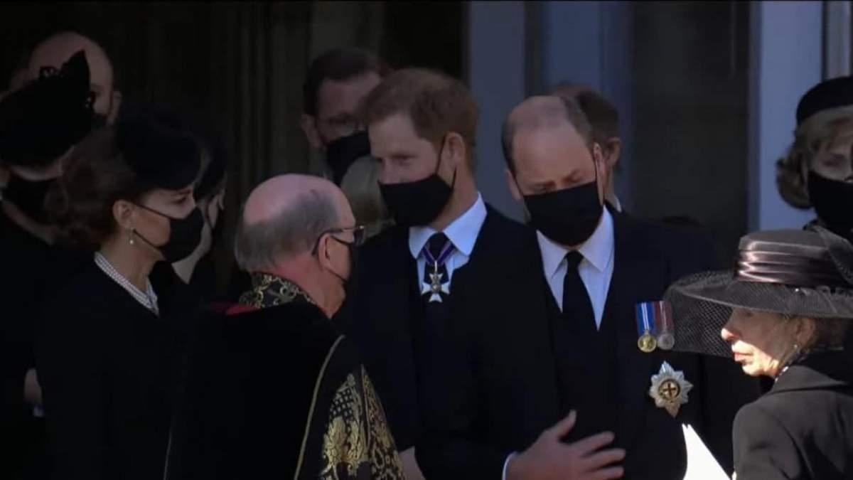 Принц Гаррі полетів до США, не залишившись на свято Єлизавети II