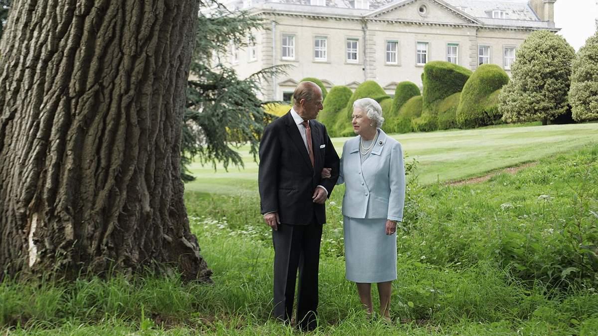 Какой романтический жест делал принц Филипп в дни рождения Елизаветы II