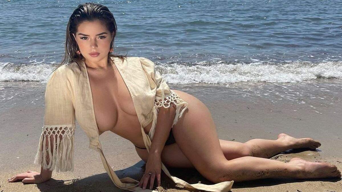 Деми Роуз показала большую грудь без бюстгальтера фото образа
