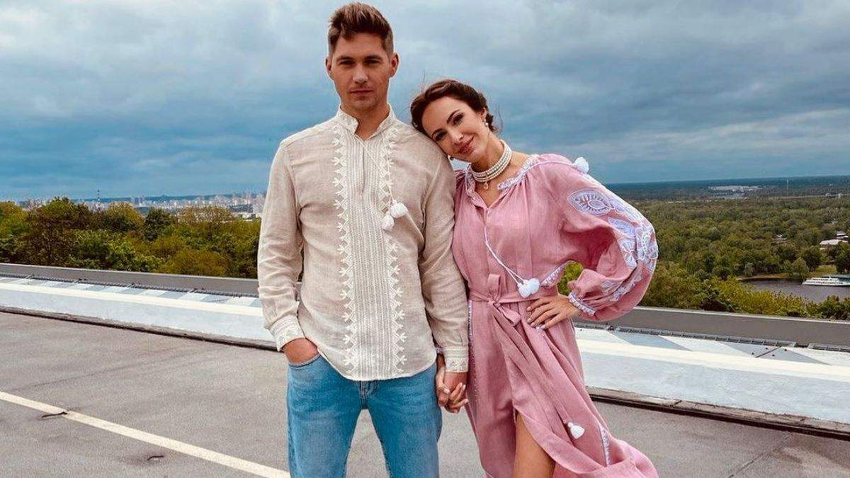 Владимир Остапчук и Кристина Горняк позировали в вышиванках: фото