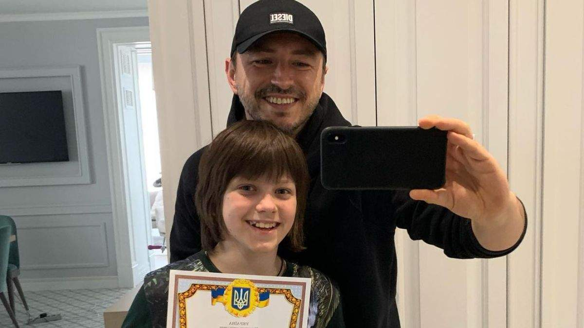 Сергій Притула привітав сина з закінченням навчального року: фото