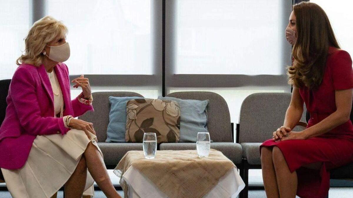 Кейт Миддлтон встретилась с Джилл Байден: элегантные образы