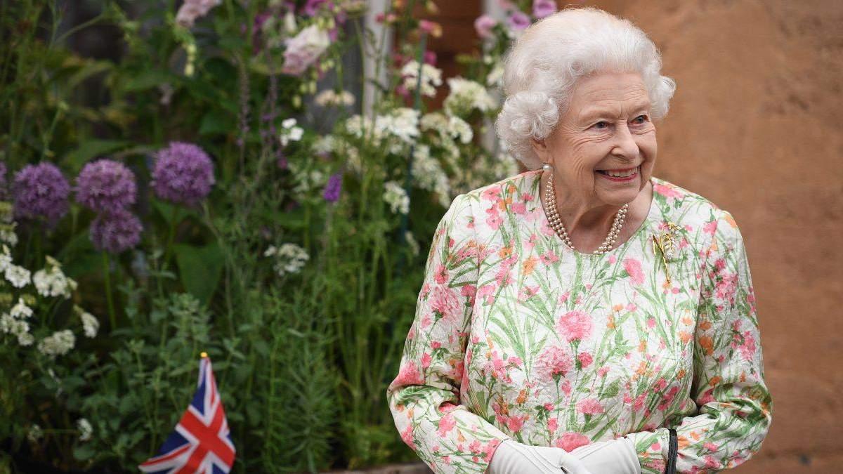 Єлизавета II святкує офіційний день народження: урочистий парад