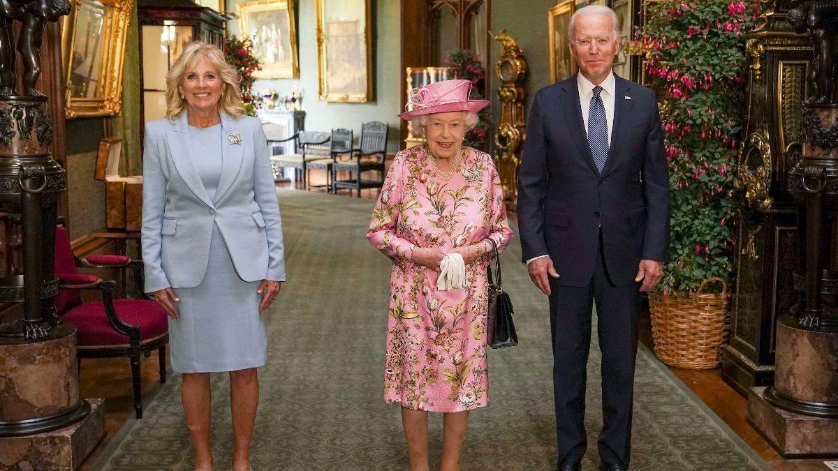 Єлизавета II зустрілася з Джо Байденом: фото