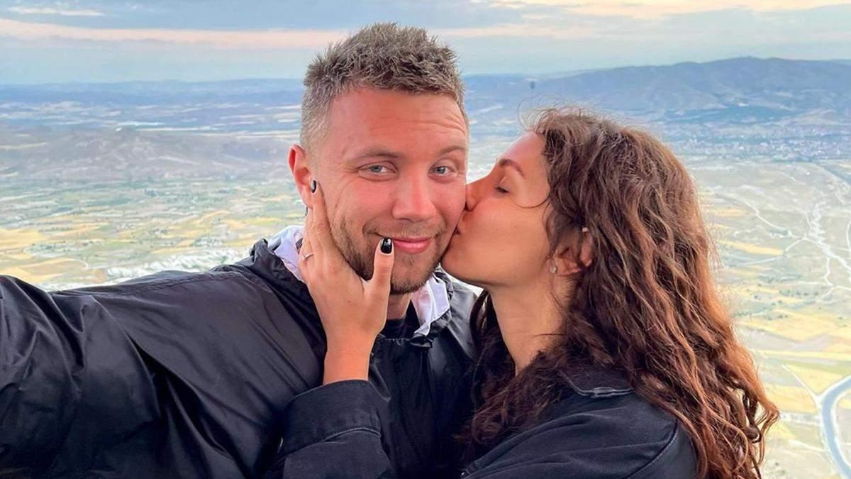 Михаил Заливако и Анна Богдан полетали на воздушном шаре: фото
