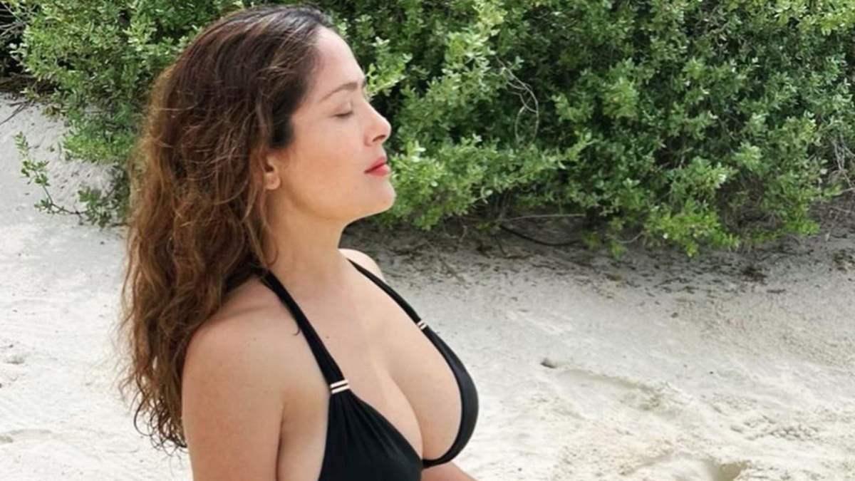 Сальма Гайєк зізналась, чи збільшувала коли-небудь собі груди