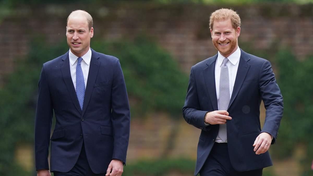 В Лондоне открыли памятник принцессе Диане: фото с Гарри и Уильямом