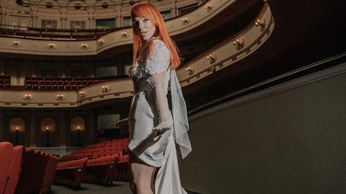 Светлана Тарабарова ошеломила образом в молочном платье: фото
