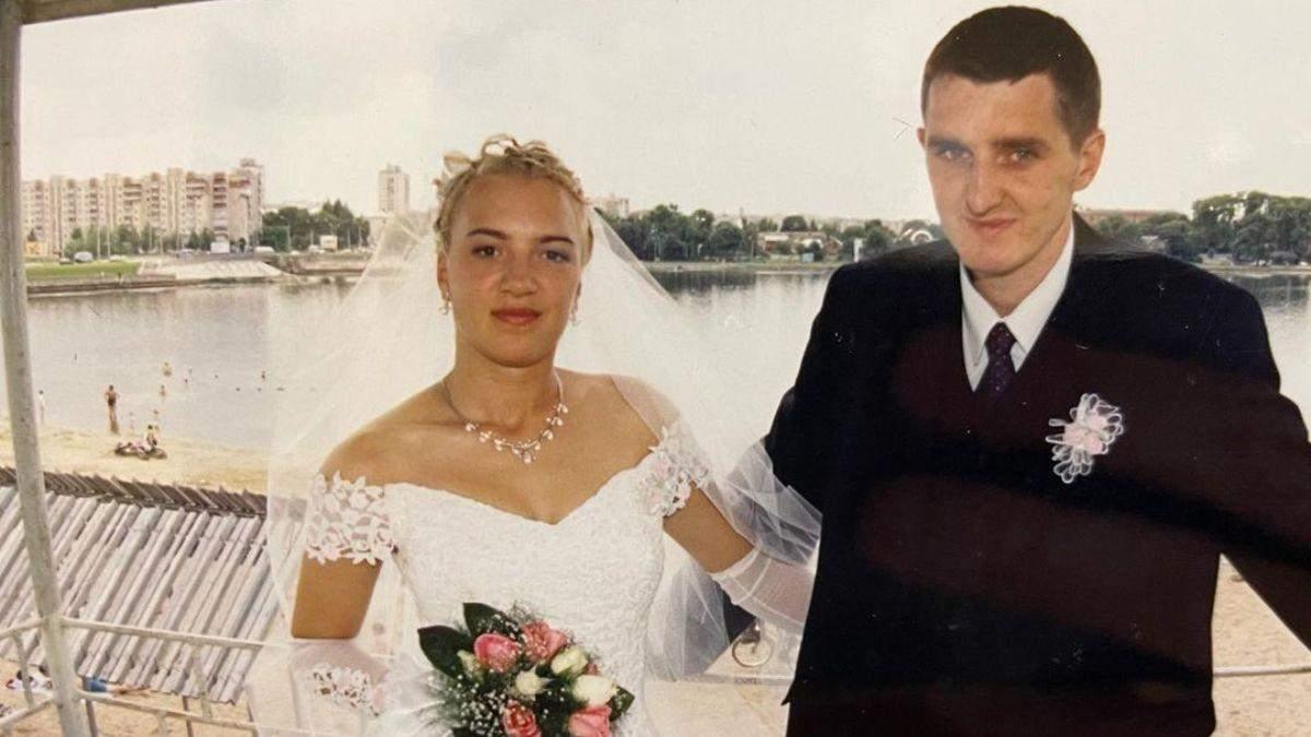 Дядя Жора показав архівні фото з весілля: шоумен 20 років тому