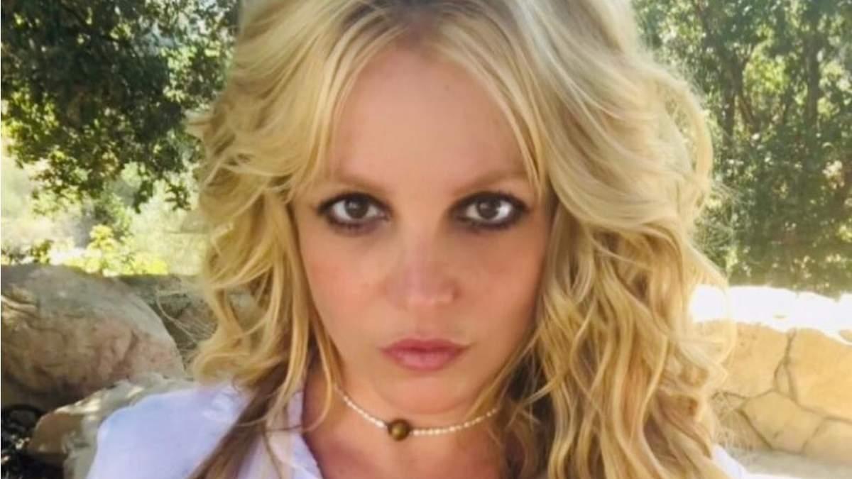 Бритни Спирс снова выступила в суде: она наняла нового адвоката