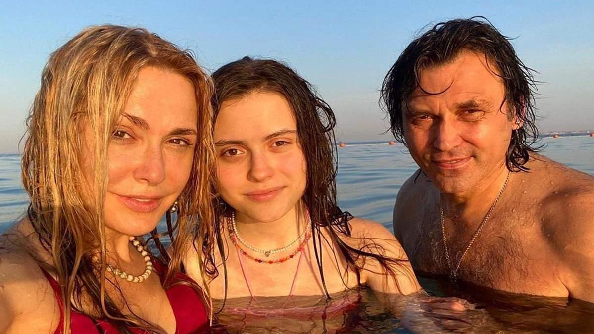 Ольга Сумская с мужем и дочкой отдыхает в Египте: фото, видео