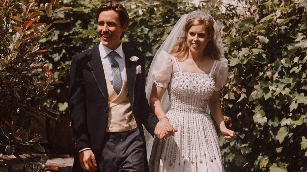 Чоловік принцеси Беатріс зачарував знімком пари у річницю весілля