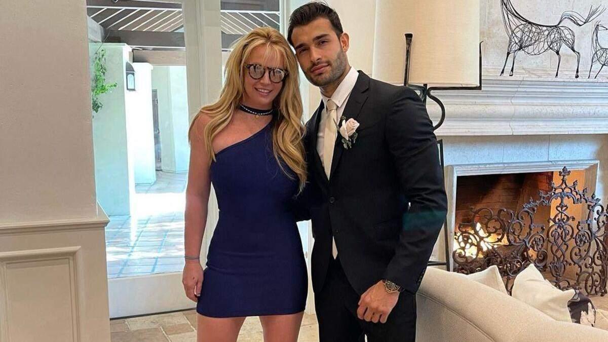 Бритни Спирс выходит замуж за Сэма Асгари
