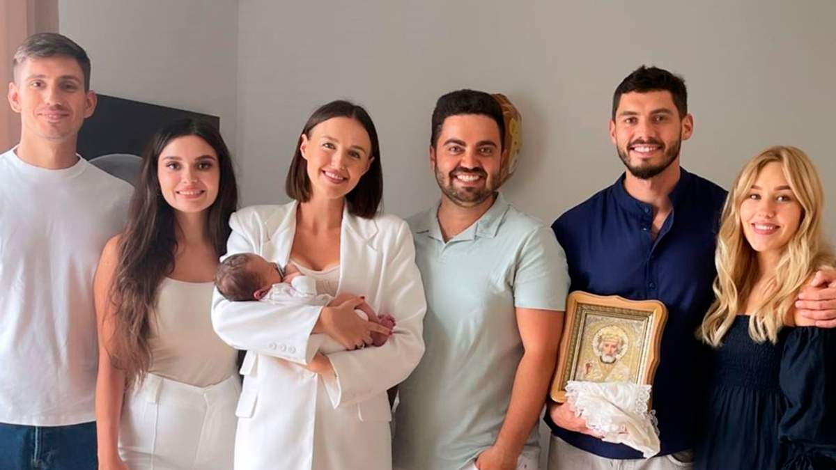 Даша Квиткова и Никита Добрынин крестили сына: фото
