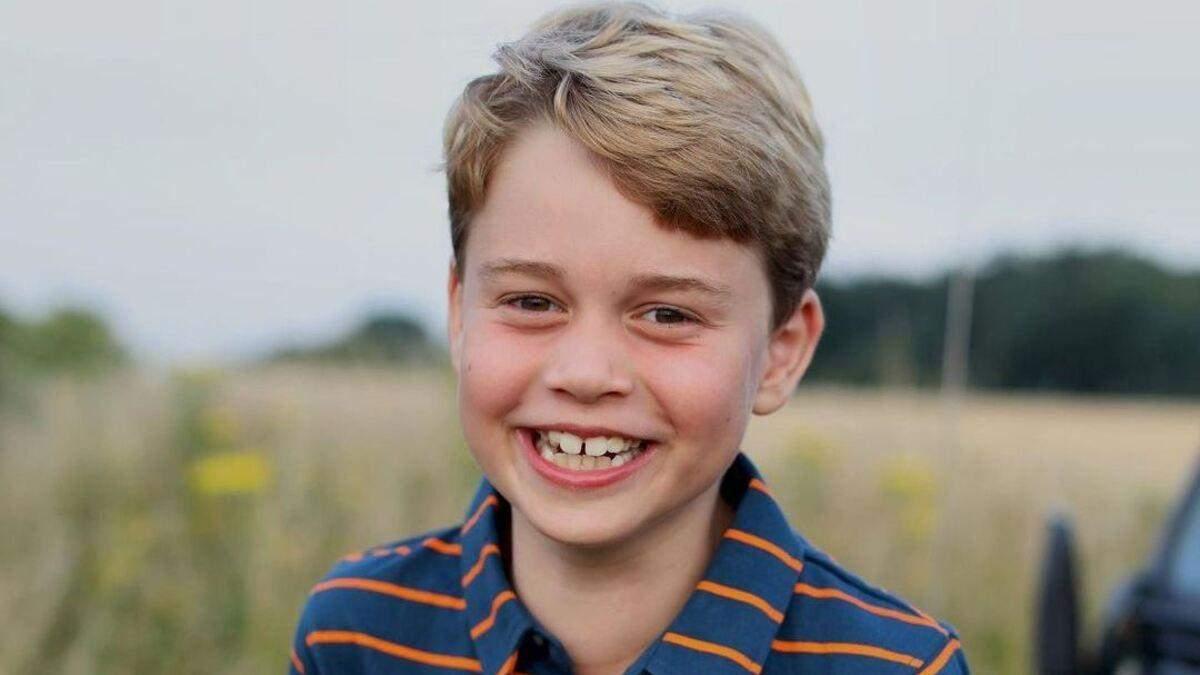 Герцоги Кембриджские показали фото принца Джорджа в его 8-летие