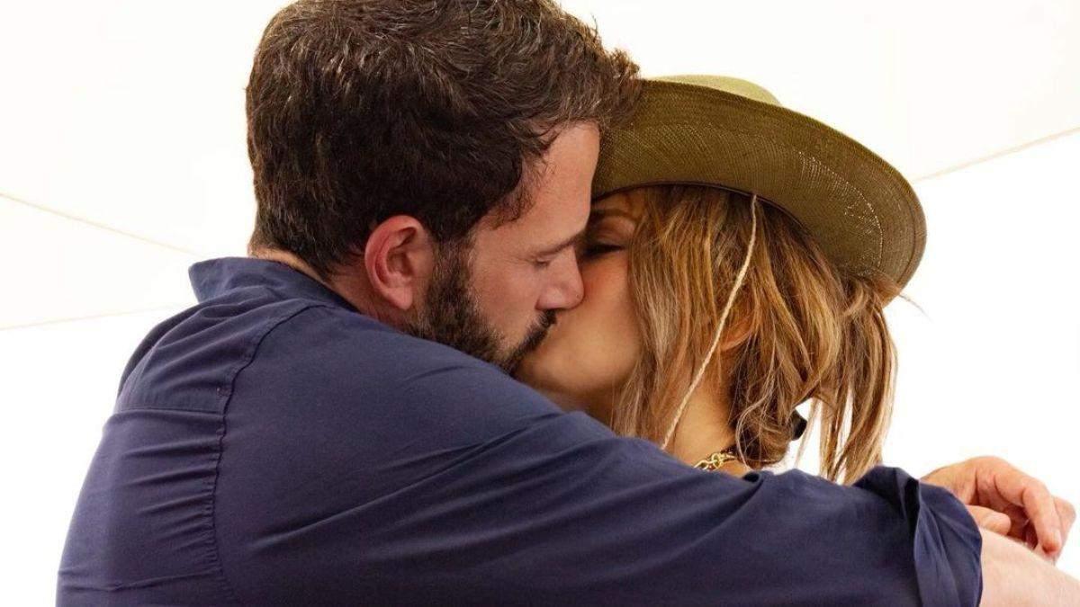 Дженніфер Лопес підтвердила возз'єднання з Беном Аффлеком: фото