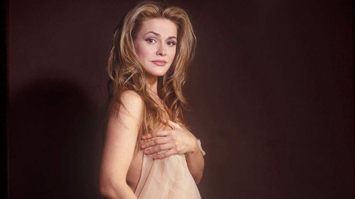 Ольга Сумська показала, як позувала оголеною під час вагітності