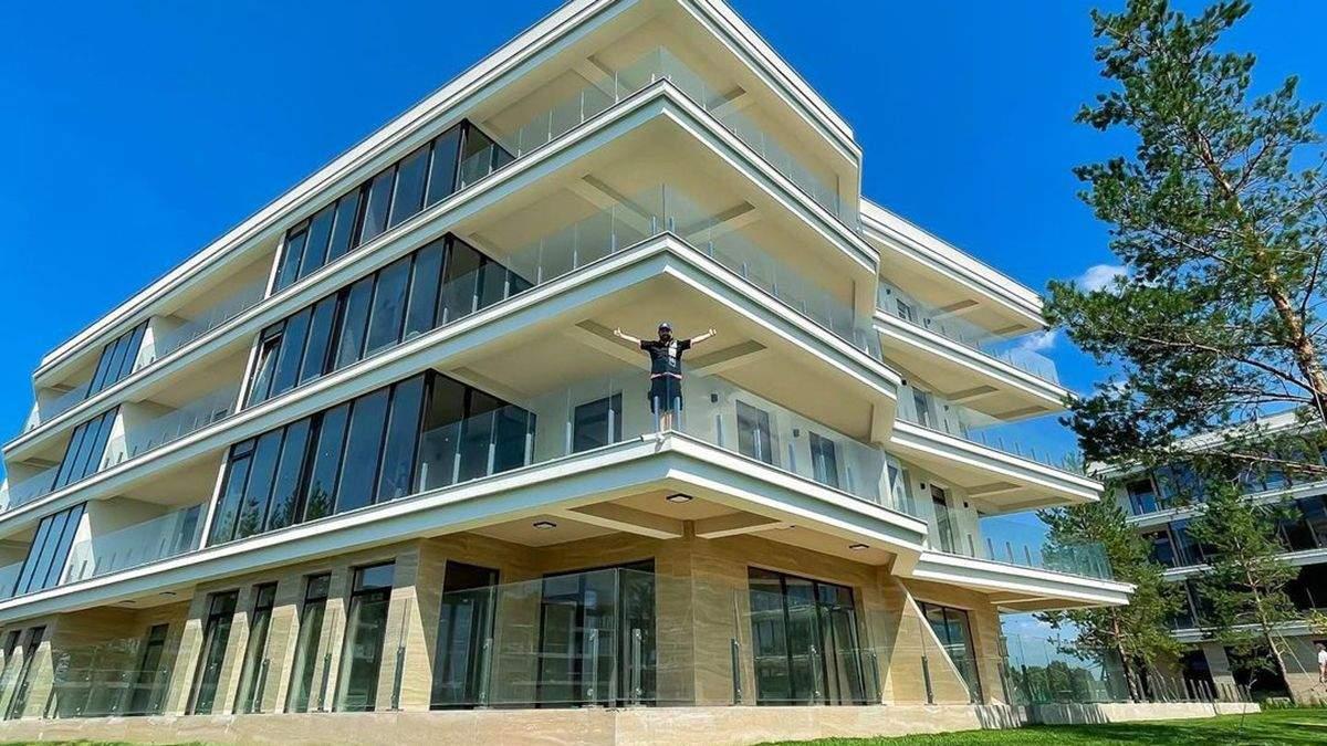 Дзідзьо показав нову квартиру в Києві: фото