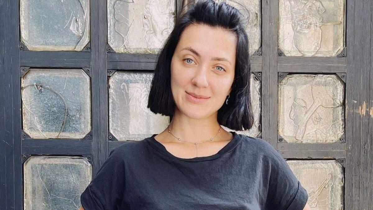 С челкой и рыжими волосами: Снежана Бабкина поделилась редкими архивными фото