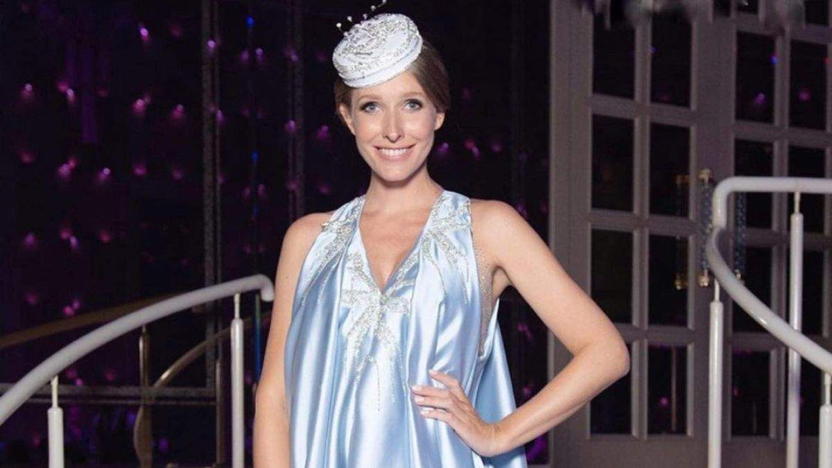 Катя Осадча повернулася до роботи через 5 днів після пологів: фото в синій сукні - Showbiz
