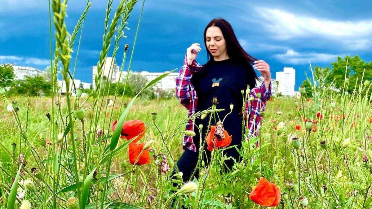 Після глибокої депресії та хвороби матері: співачка Sonya Kay повертається на сцену - Новини шоу-бізнесу - Showbiz