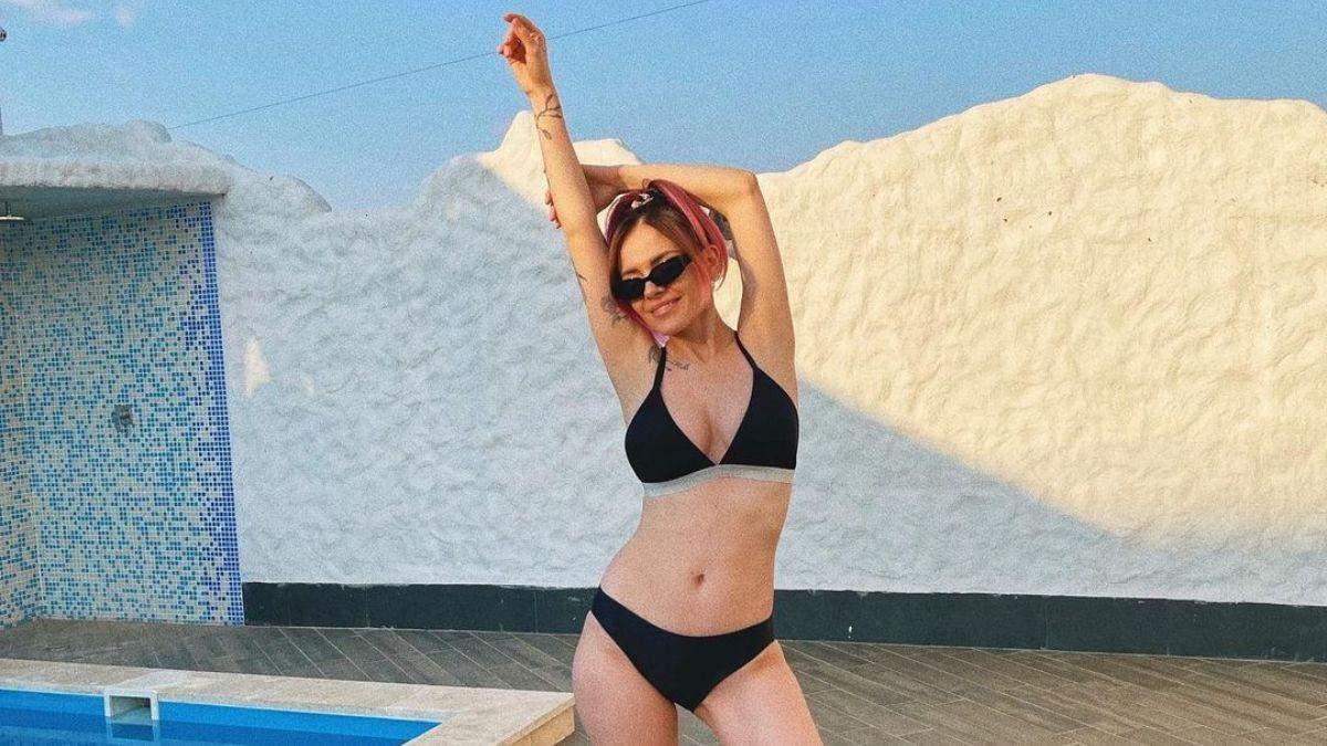 MamaRika показала фігуру в купальнику через півтора місяця після пологів: приголомшливі фото - Новини шоу-бізнесу - Showbiz