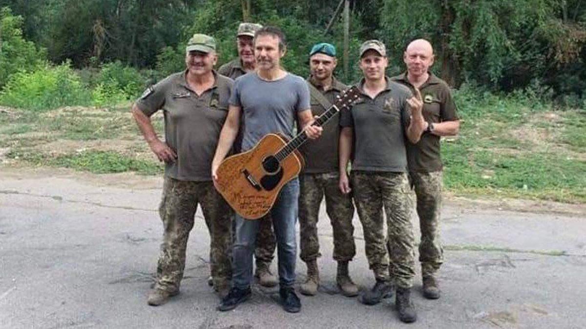 Нехай береже вас Бог, – Вакарчук зворушливо привітав з Днем захисників і захисниць України - Новини шоу-бізнесу - Showbiz