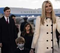 У молочному пальті: Іванка Трамп зачарувала елегантним образом – фото