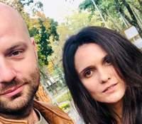 Ведущий Слава Демин разошелся с женой после 13 лет отношений