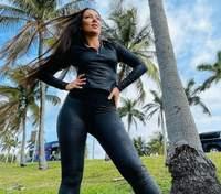 У шкіряних лосинах і топі: дружина Влада Ями показала сміливий образ у Маямі – фото