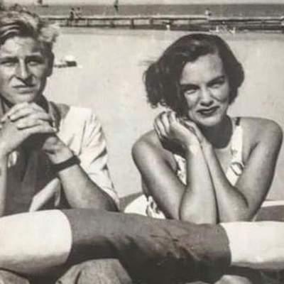 Сестра Кары Делевинь показала фото 17-летнего принца Филиппа с их бабушкой Анжелой