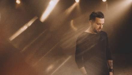 Поклянись, Поцілуй, Обійми: БЕZ ОБМЕЖЕНЬ презентували нову пісню та кліп – пристрасне відео