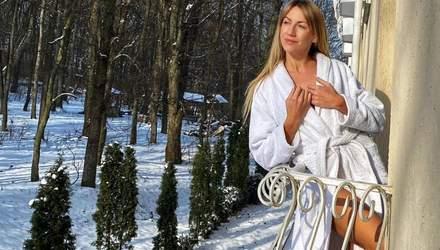 У банному халаті: Леся Нікітюк показала, куди поїхала після свят – фото