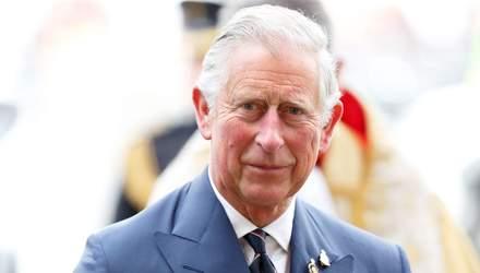 Принц Чарльз поделился семейными фотографиями и воспоминаниями о покойном отце