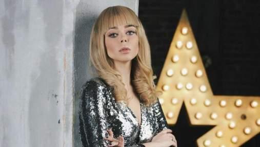Аліна Гросу приголомшила прихильників новою зачіскою: яскраві фото