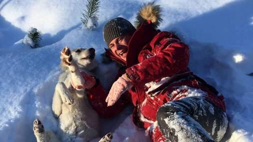 На снігу: Дмитро Комаров поділився архівними зимовими світлинами – атмосферні кадри