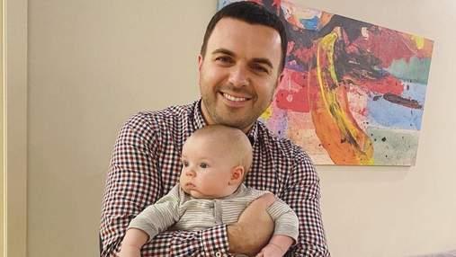 Григорий Решетник очаровал фото с маленьким сыном: миловидный снимок