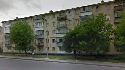Дивом вижив: у Львові 33-річний музикант випав із вікна 5 поверху