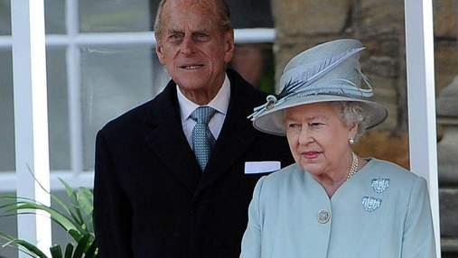 Королева Єлизавета II повернулась до виконання своїх обов'язків після втрати чоловіка