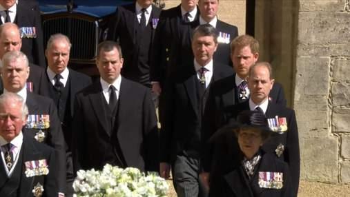 Принц Гаррі провів дідуся в останню путь: перший вихід онука Єлизавети II після приїзду в Лондон