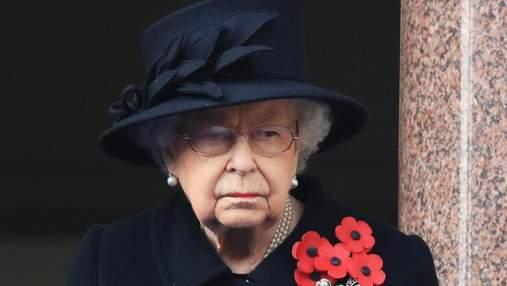 Єлизавета II заборонила одягати військову форму на похорон принца Філіпа