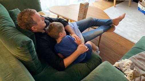 Юрій Горбунов показав, як проводить час з сином: миловидне фото